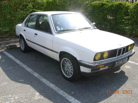 Calendrier BMW E 30 Bmw320i_00036